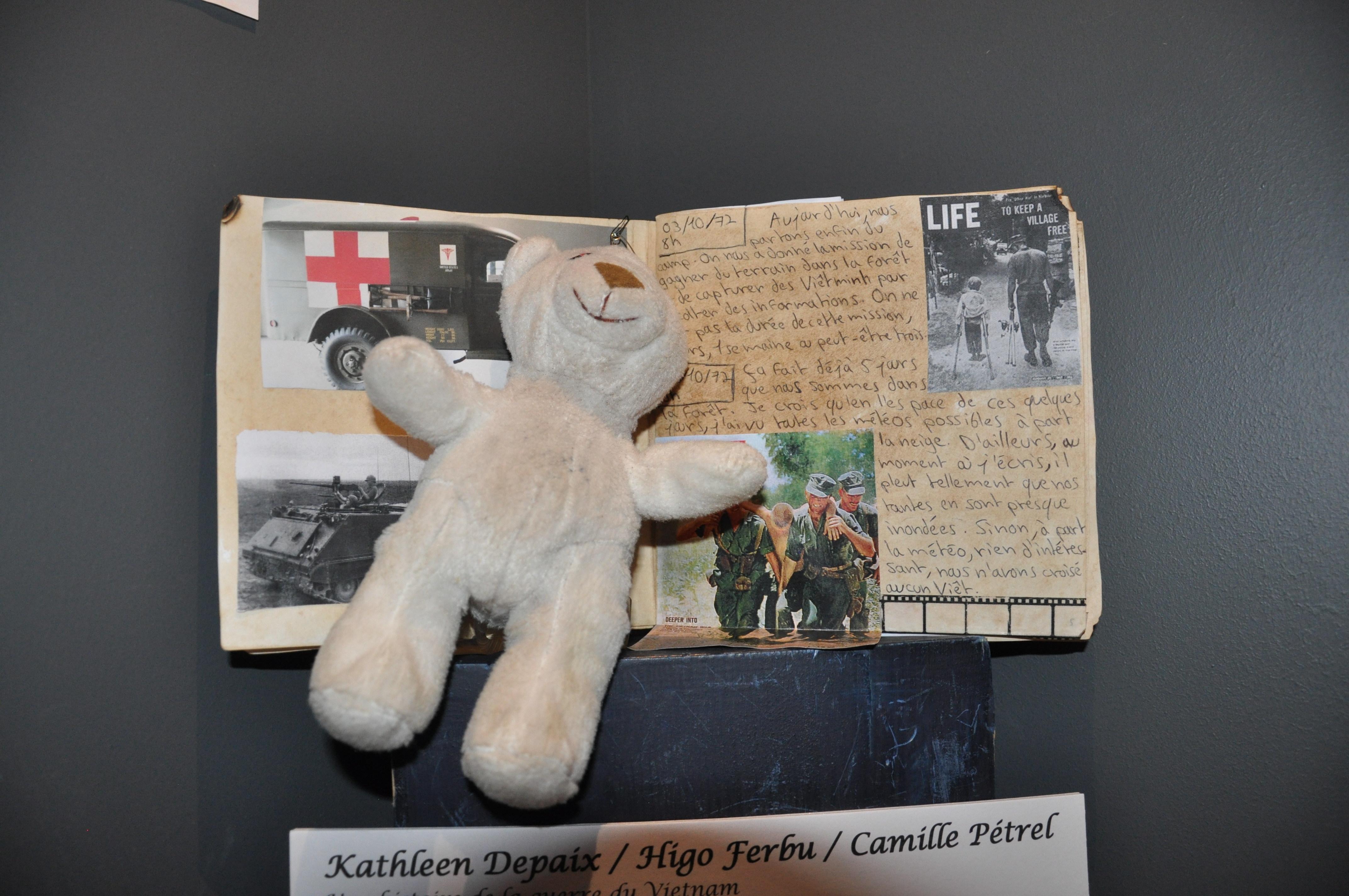 """Carnet de voyage """"Une histoire de la guerre du Viêtnam"""""""